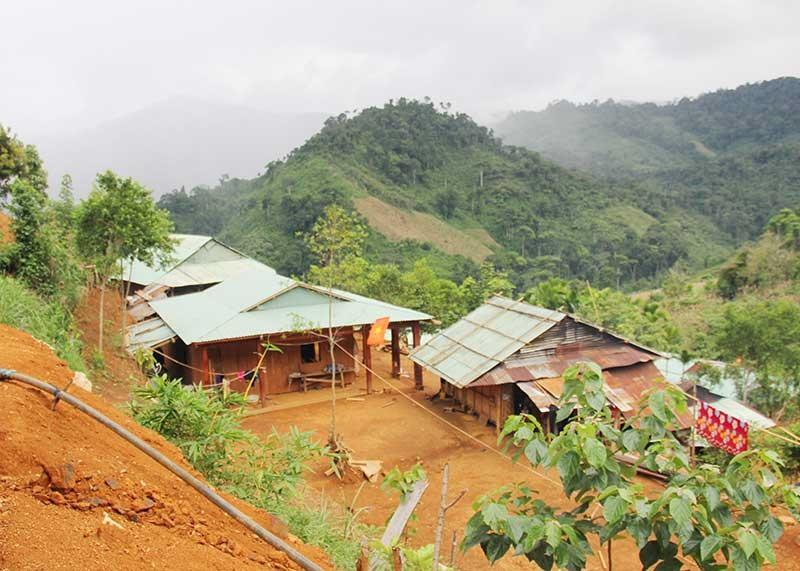 Một góc nóc Loong Póc, được hình thành từ sự chung tay góp sức của đồng bào địa phương. Ảnh: NGƯỚC CÔNG