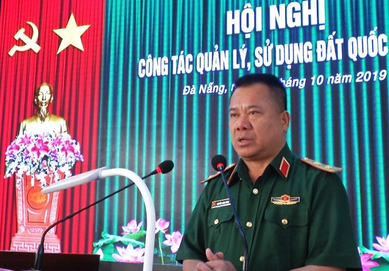 Trung tướng Nguyễn Long Cáng - Tư lệnh Quân khu 5 chủ trì hội nghị.