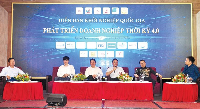 Diễn đàn khởi nghiệp quốc gia thu hút các chuyên gia, doanh nghiệp và lực lượng trẻ.