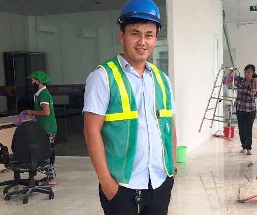 Nguyễn Thanh Phím đang thành công với dịch vụ dọn vệ sinh công nghiệp. Ảnh: K.L