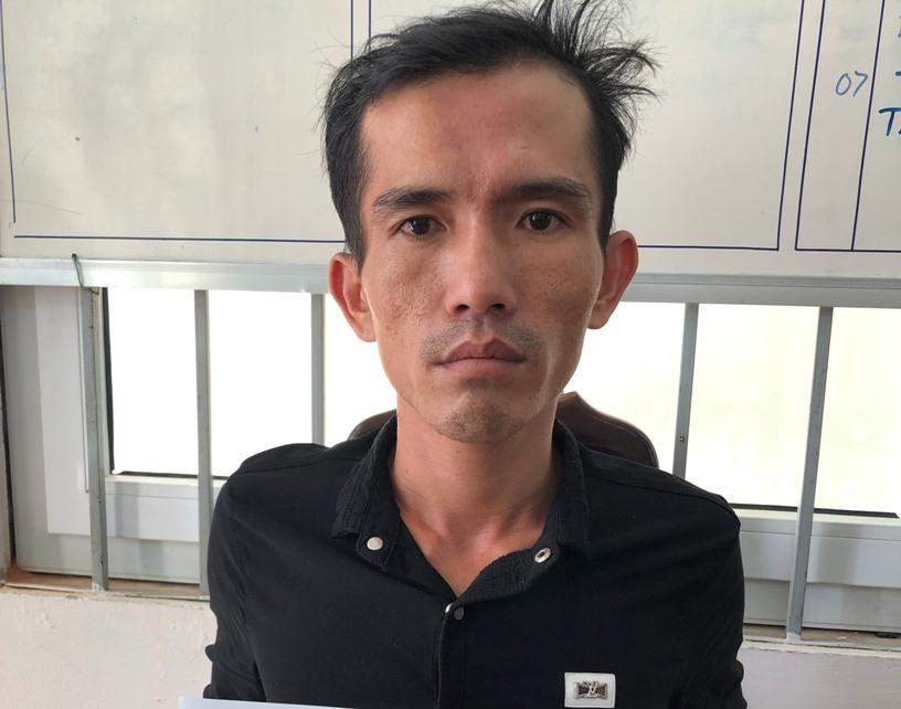 Đối tượng Phạm Thanh Liêm đầu thú tại cơ quan điều tra. Ảnh: PHÚ LÂM