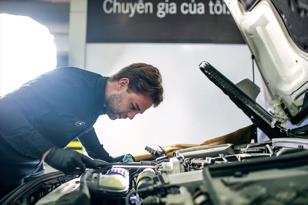 """Bảo dưỡng định kỳ đúng hạn để """"phòng bệnh"""" cho xe Mercedes-Benz."""