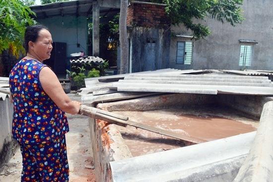 Hoc tập tấm gương đạo đức Hồ Chí Minh, các chi hội phụ nữ cơ sở ở Điện Bàn thường xuyên sâu sát giúp chị em làm kinh tế, xóa đói giảm nghèo. Ảnh: KHÁNH LINH