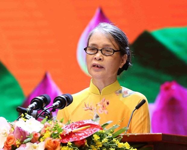 Bà Hoàng Thị Nữ - nguyên cán bộ Bảo tàng Hồ Chí Minh phát biểu tại lễ kỷ niệm. Ảnh: TTXVN