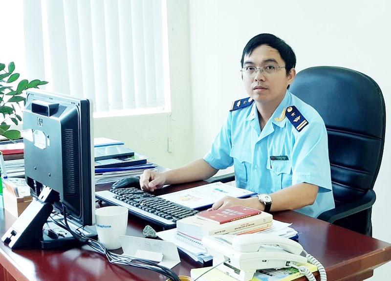 Anh Lê Quang Thắng - Phó Đội trưởng Đội kiểm soát Hải quan tỉnh. Ảnh: A.Đ
