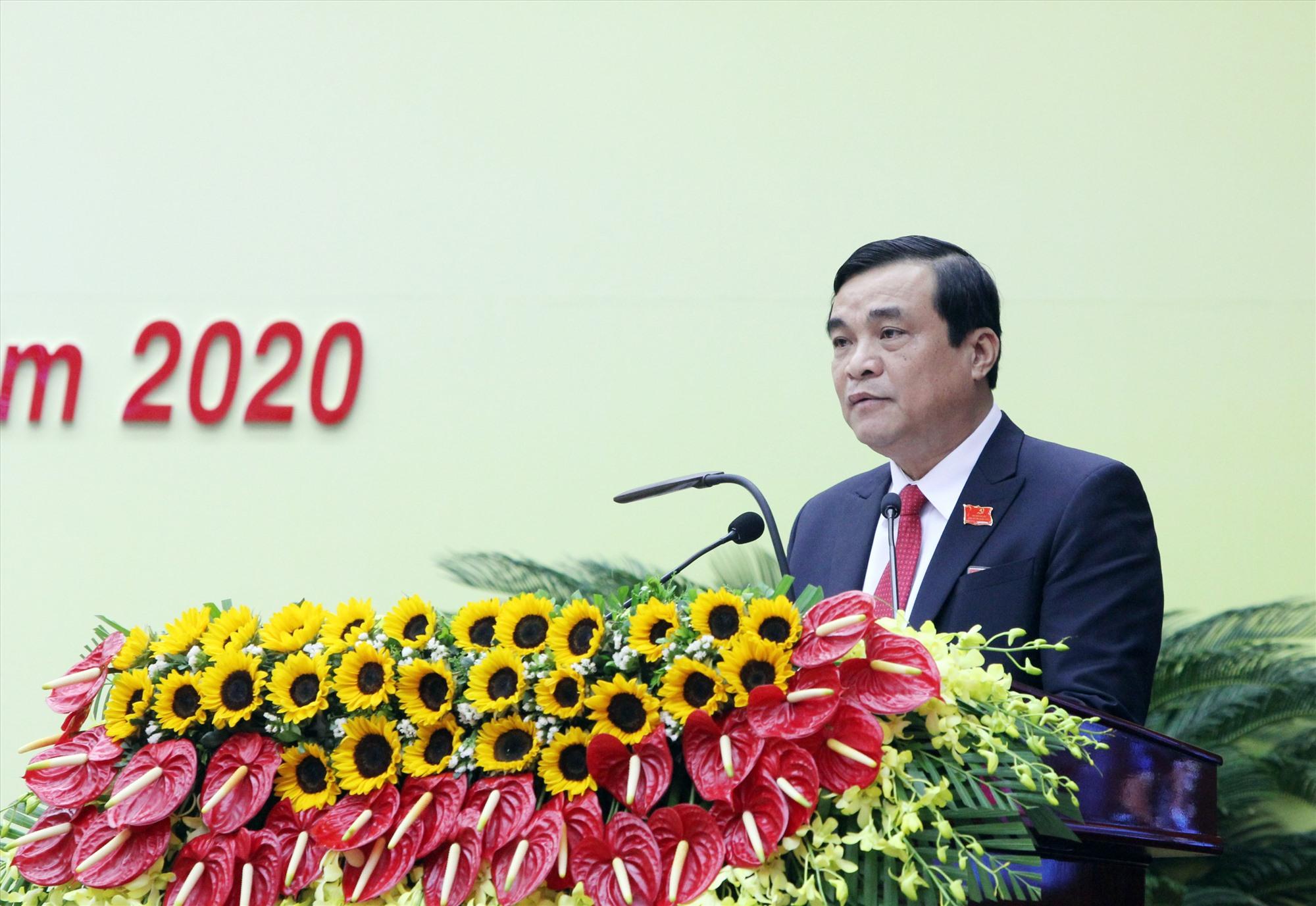 Đồng chí Phan Việt Cường đọc diễn văn khai mạc.