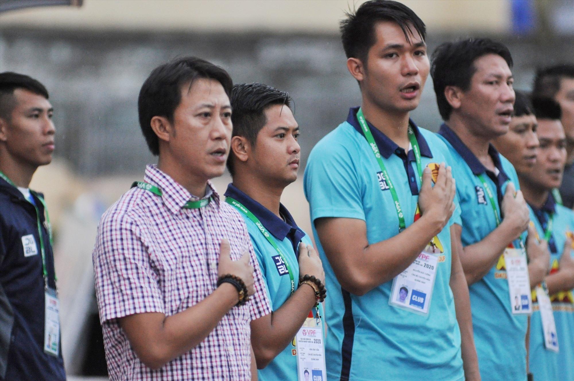 Niềm tin của đội Quảng Nam bây giờ đặt trọn vào tay HLV Nguyễn Thành Công. Ảnh: A.NHI