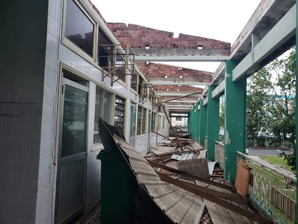 Các bệnh nhân được sơ tán đến nơi an toàn nên không xảy ra thiệt hại về người. Ảnh: H.AN