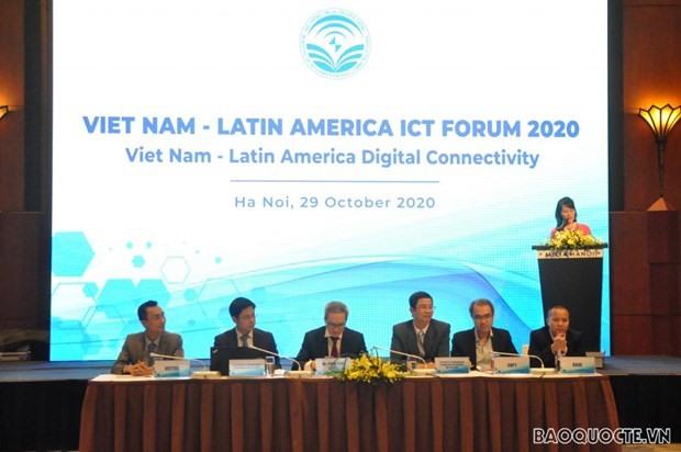 At the Vietnam – Latin America ICT Forum 2020 (Photo: baoquocte.vn)