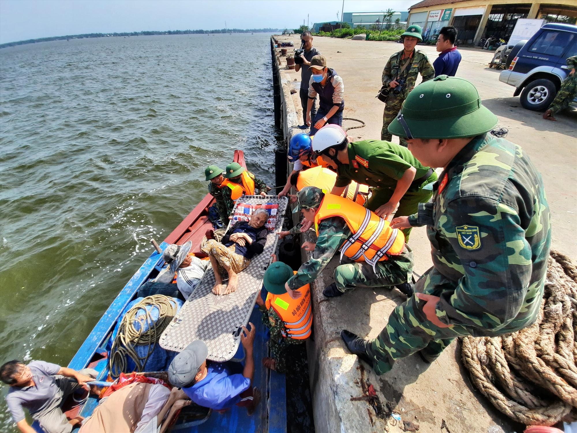 Dự kiến 261 ngàn người dân toàn tỉnh sẽ sơ tán trước 12 giờ ngày 14.11. Ảnh: Đ.ĐẠO