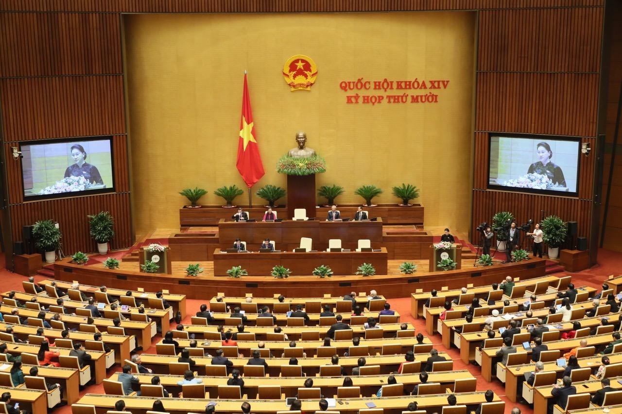 kỳ họp thứ 10, Quốc hội XIV đã hoàn thành toàn bộ nội dung chương trình đề ra