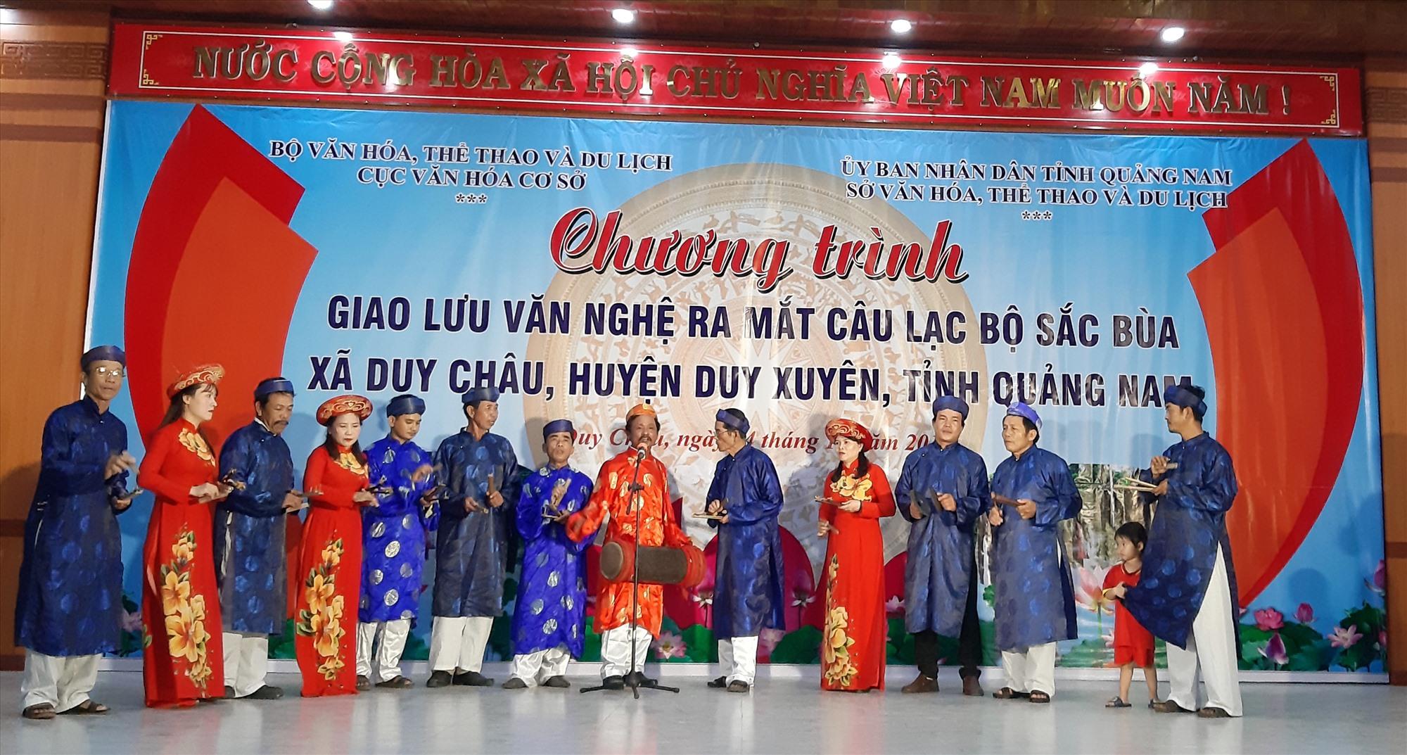 Xã Duy Châu nỗ lực gìn giữ, phát huy giá trị nghệ thuật văn hóa truyền thống. Ảnh: T.P