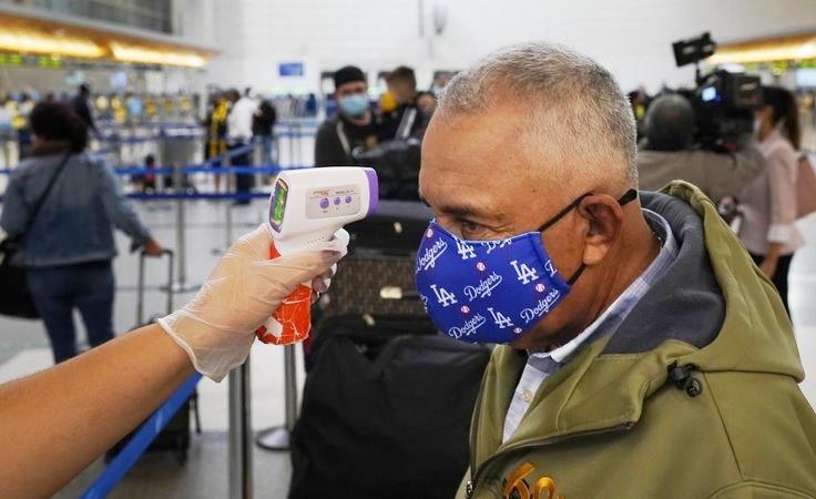 Thống kê có khoảng 50 triệu người Mỹ thực hiện các chuyến đi nhân dịp lê Tạ ơn 2020. AP