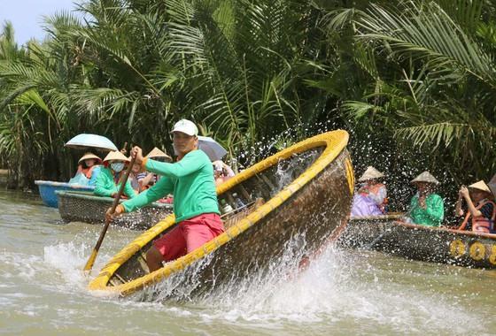 Eco-tourism at Bay Mau nipa palm forest (Hoi An, Quang Nam)