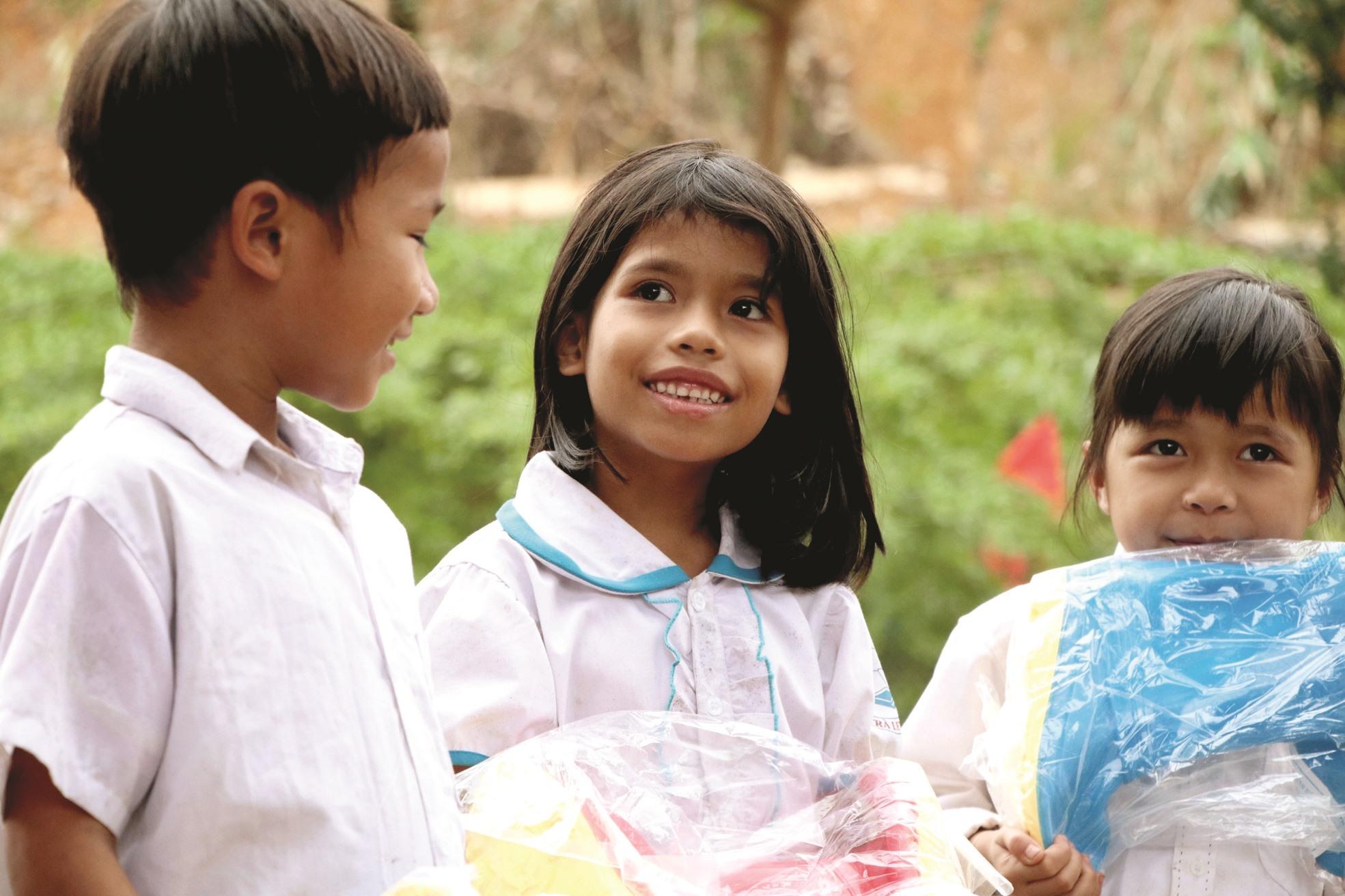 Nét mặt hồn nhiên của học sinh ở điểm Phổ thông dân tộc bán trú tiểu học Trà Leng trong ngày trở lại trường.