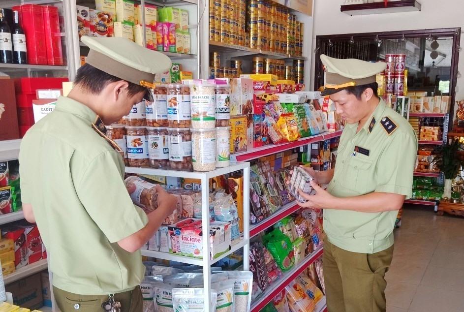 Ban Chỉ đạo 389 tỉnh mở đợt cao điểm chống buôn lậu, gian lận thương mại và hàng giả trước, trong và sau Tết Nguyên đán Tân Sửu 2021. Ảnh: Cục Quản lý thị trường Quảng Nam
