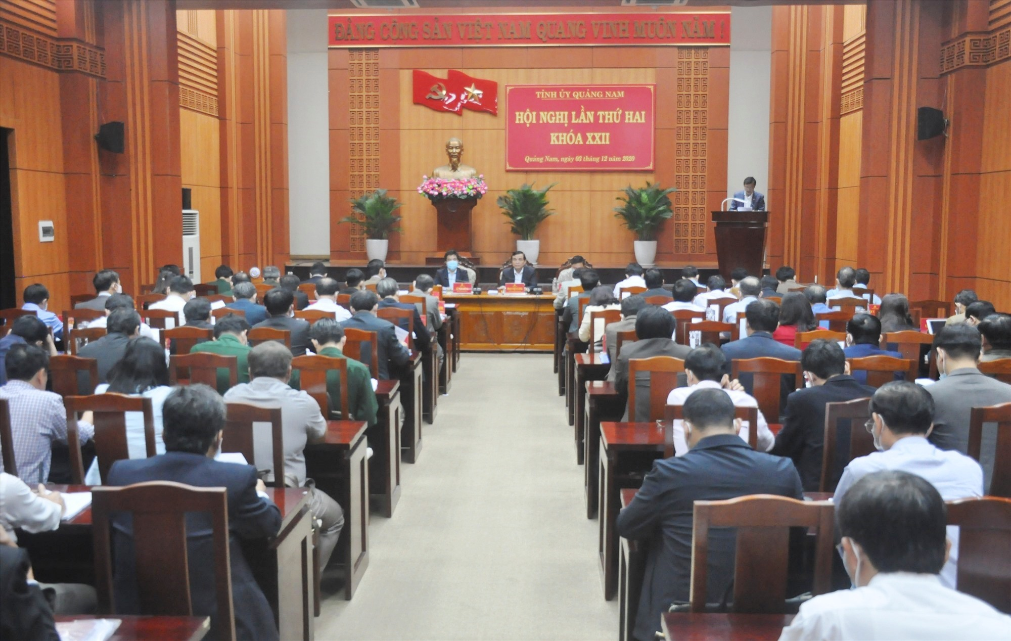 Quang cảnh Hội nghị Tỉnh ủy sáng nay 3.12. Ảnh: N.Đ
