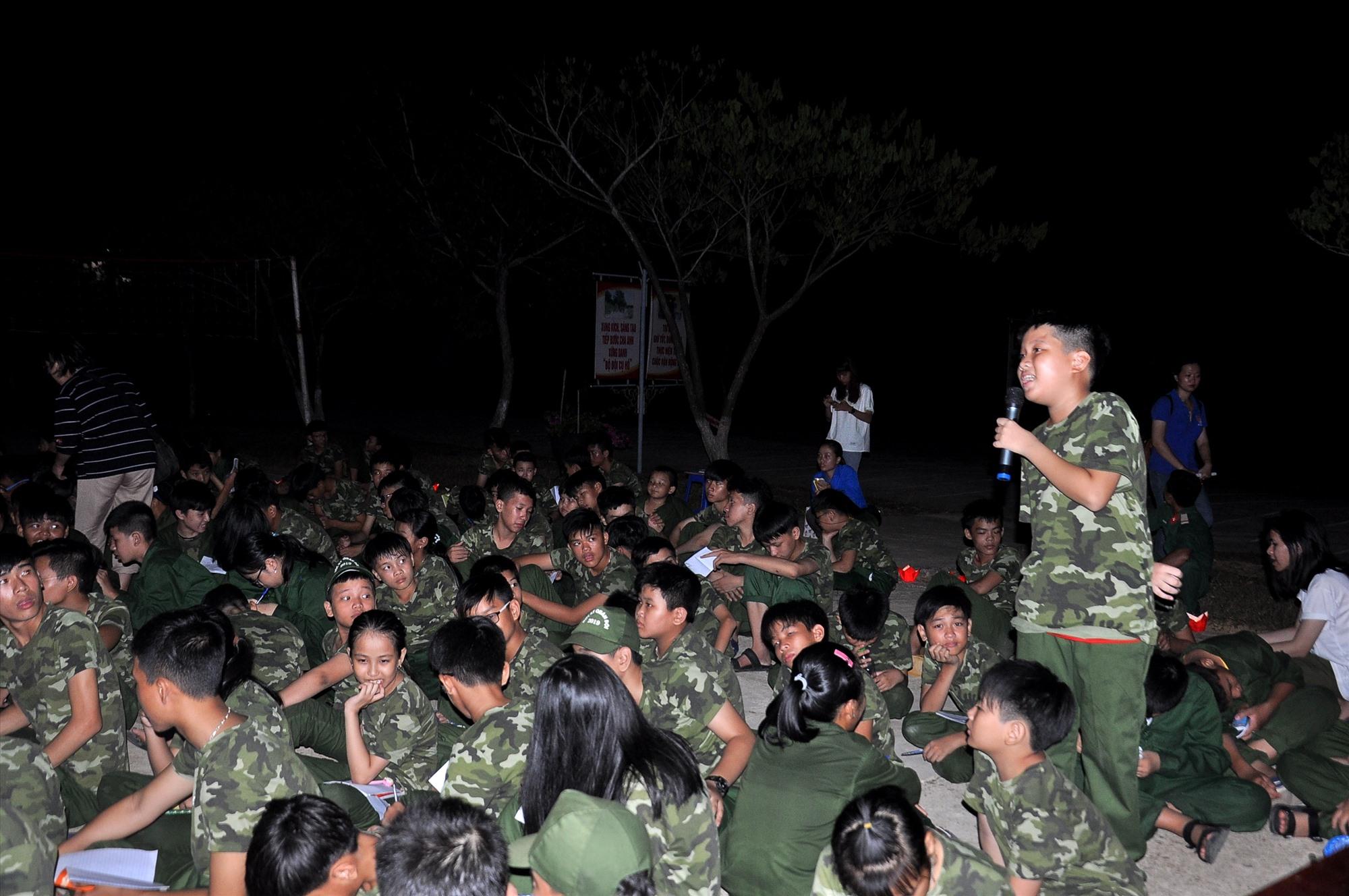"""Chương trình """"Học kỳ quân đội"""" là một trong những dấu ấn trong công tác phối hợp giữa Bộ CHQS tỉnh với Tỉnh đoàn. Ảnh: T.C"""