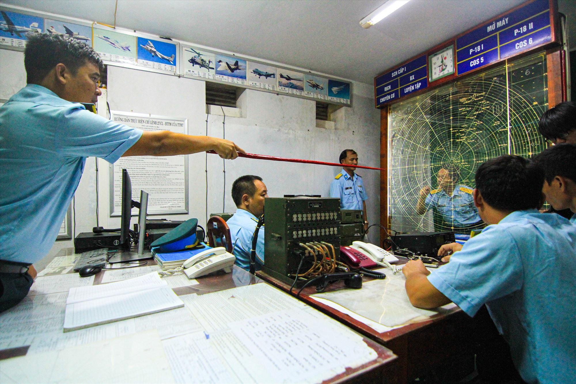 Với nhiệm vụ canh giữ bầu trời, trạm ra đa T44 có vai trò hết sức quan trọng ở khu vực biển Đông.
