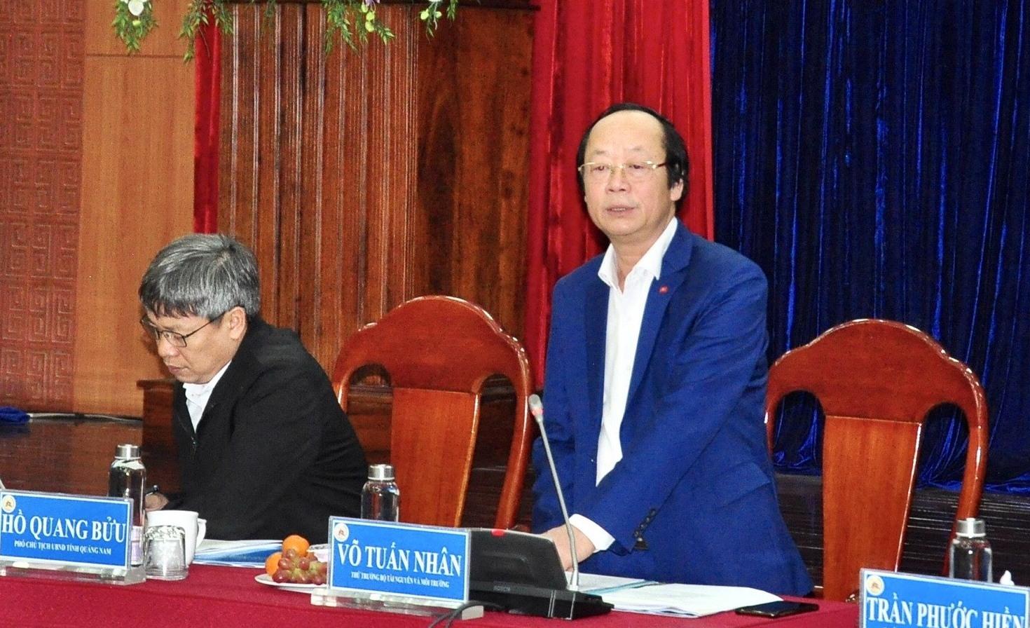 Thứ trưởng Bộ TN-MT Võ Tuấn Nhân phát biểu tại buổi làm việc. Ảnh: V.ANH