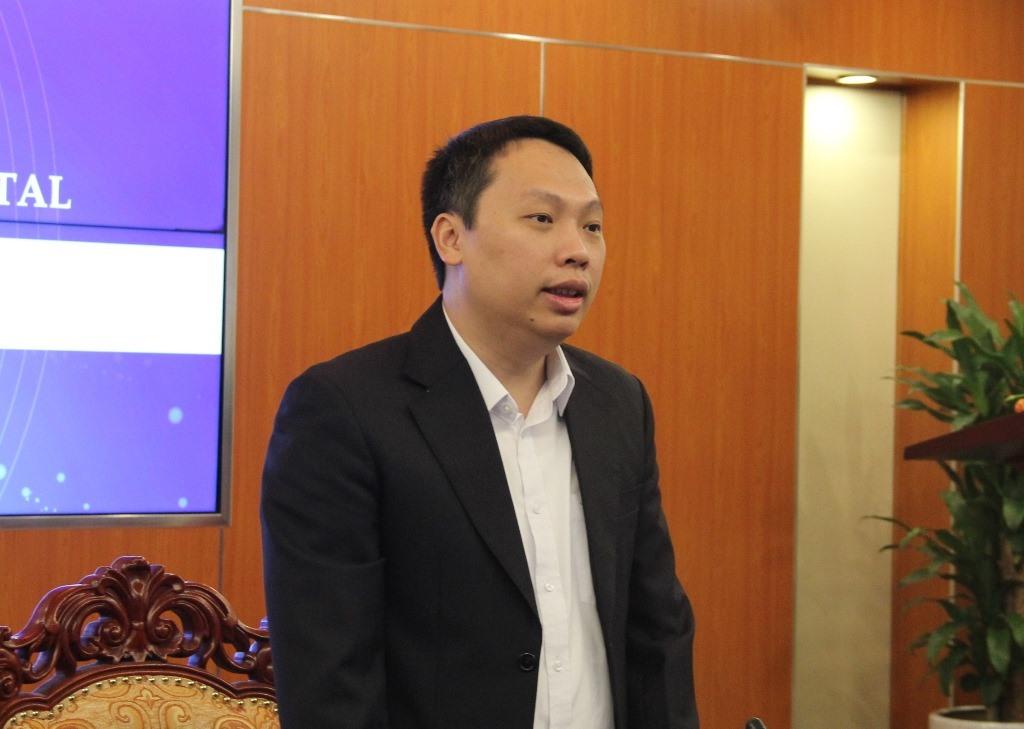 Thứ trưởng TT-TT Nguyễn Huy Dũng phát biểu.