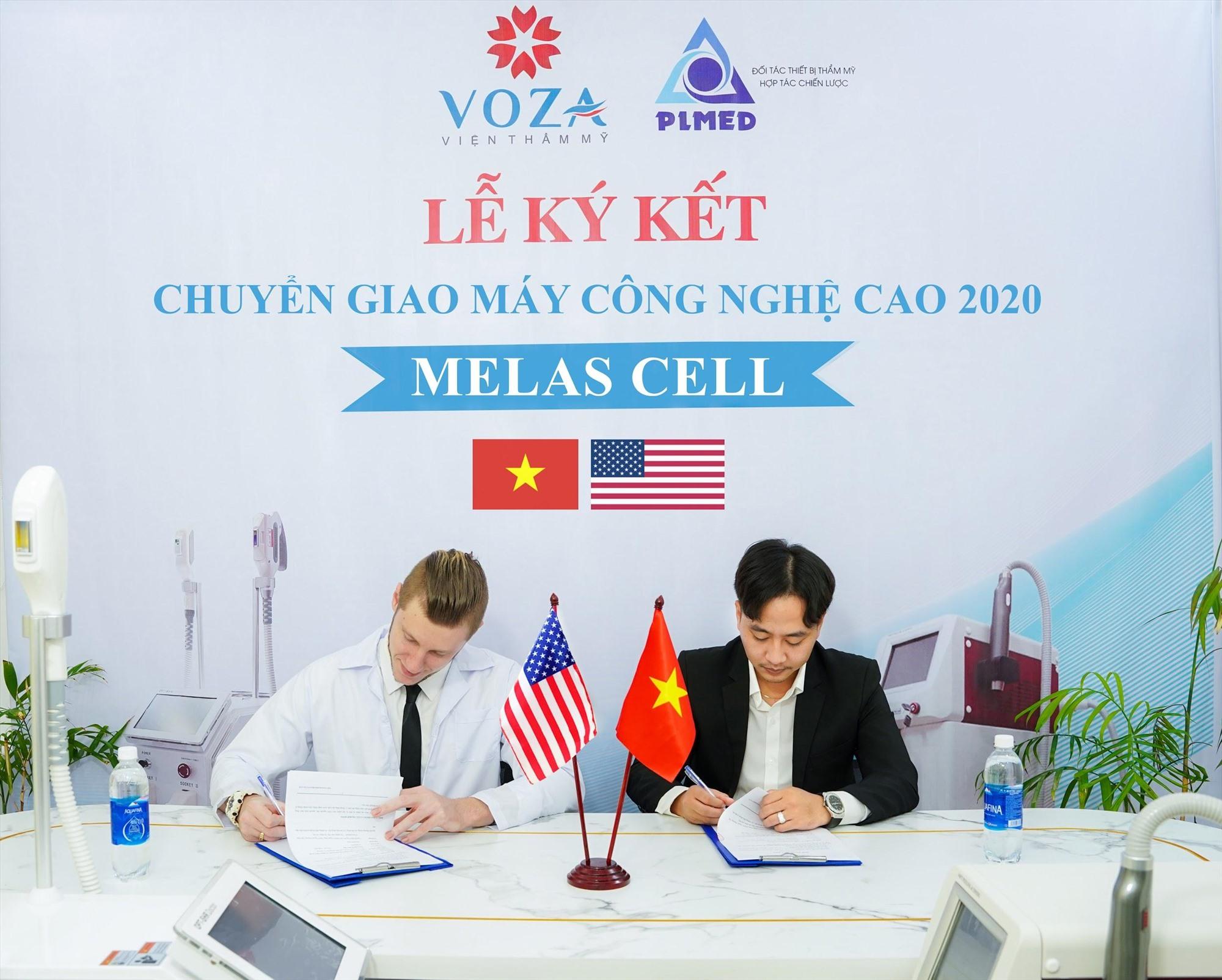 Ông Michael Tirant đại diện hãng Laser Melas Cell và ông Nguyễn Văn Nhựt trong lễ kí kết
