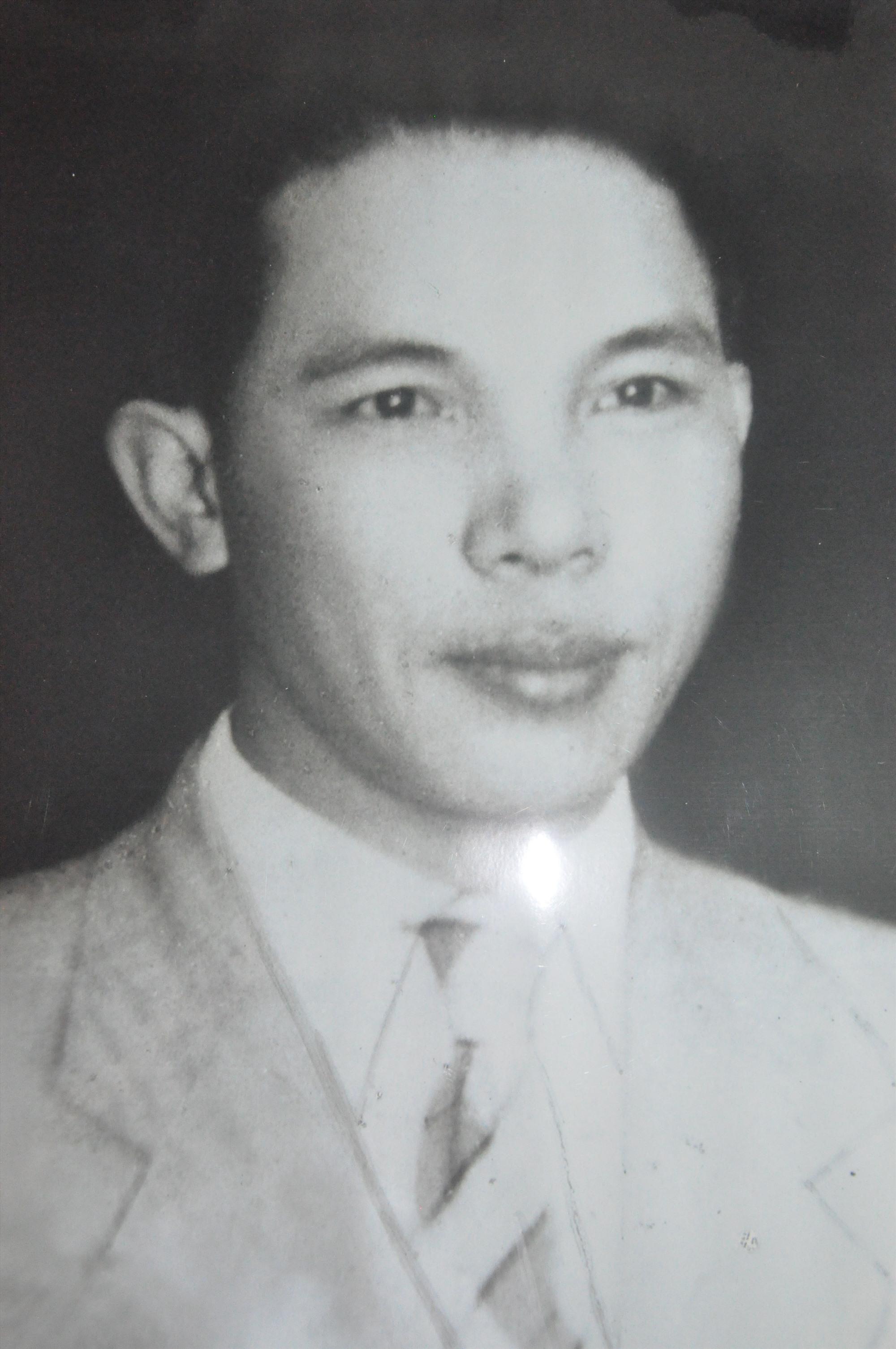 Ông Phan Văn Định thời trẻ. (Ảnh tư liệu gia đình)
