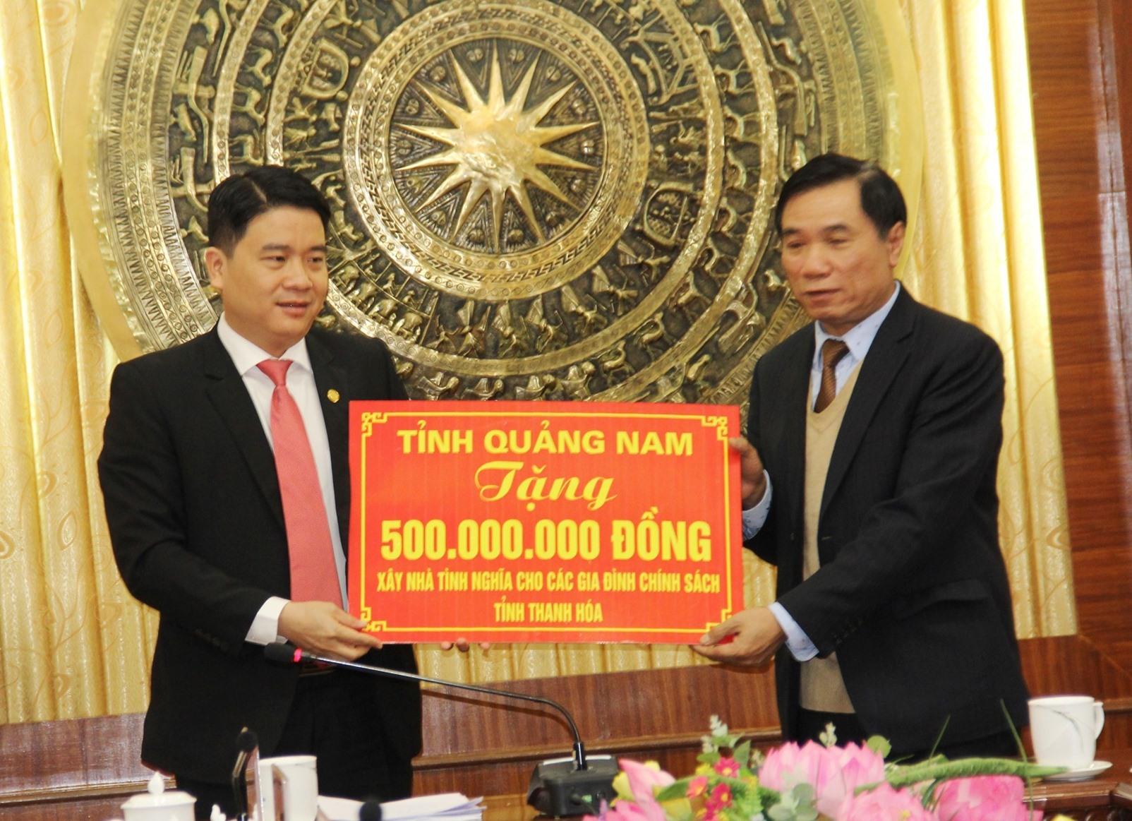 Hỗ trợ 500 triệu đồng giúp xây dựng nhà tình nghĩa tại Thanh Hóa. Ảnh: A.N