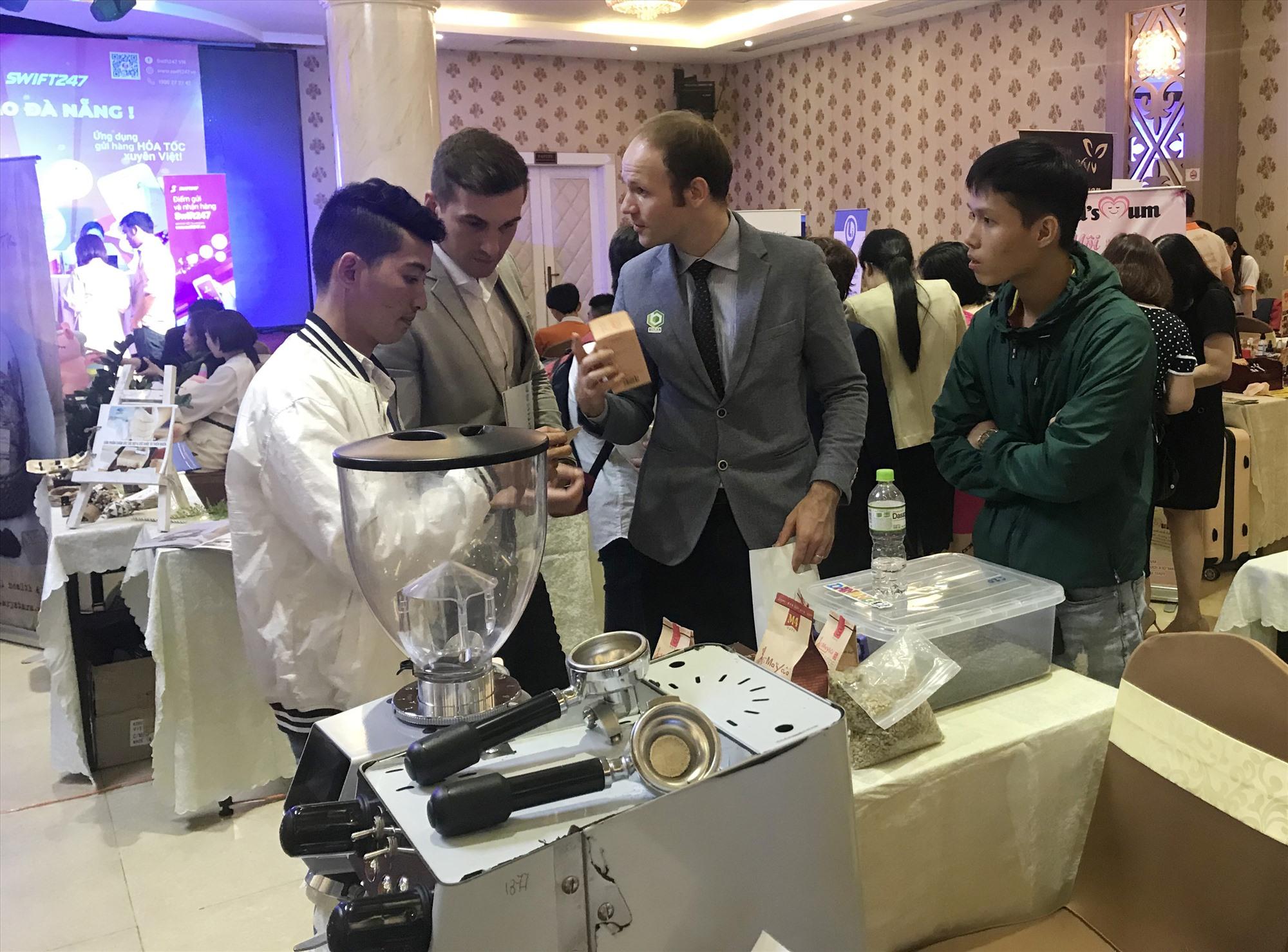Quảng Nam đã tạo điều kiện để các mô hình khởi nghiệp tham gia các diễn đàn, hội thảo về khởi nghiệp chuyên sâu. Ảnh: L.Q