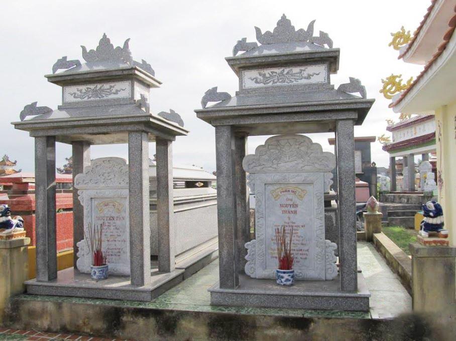 Mộ của Nguyễn Thành Ý và phu nhân tại Gò Bướm (Điện Bàn).