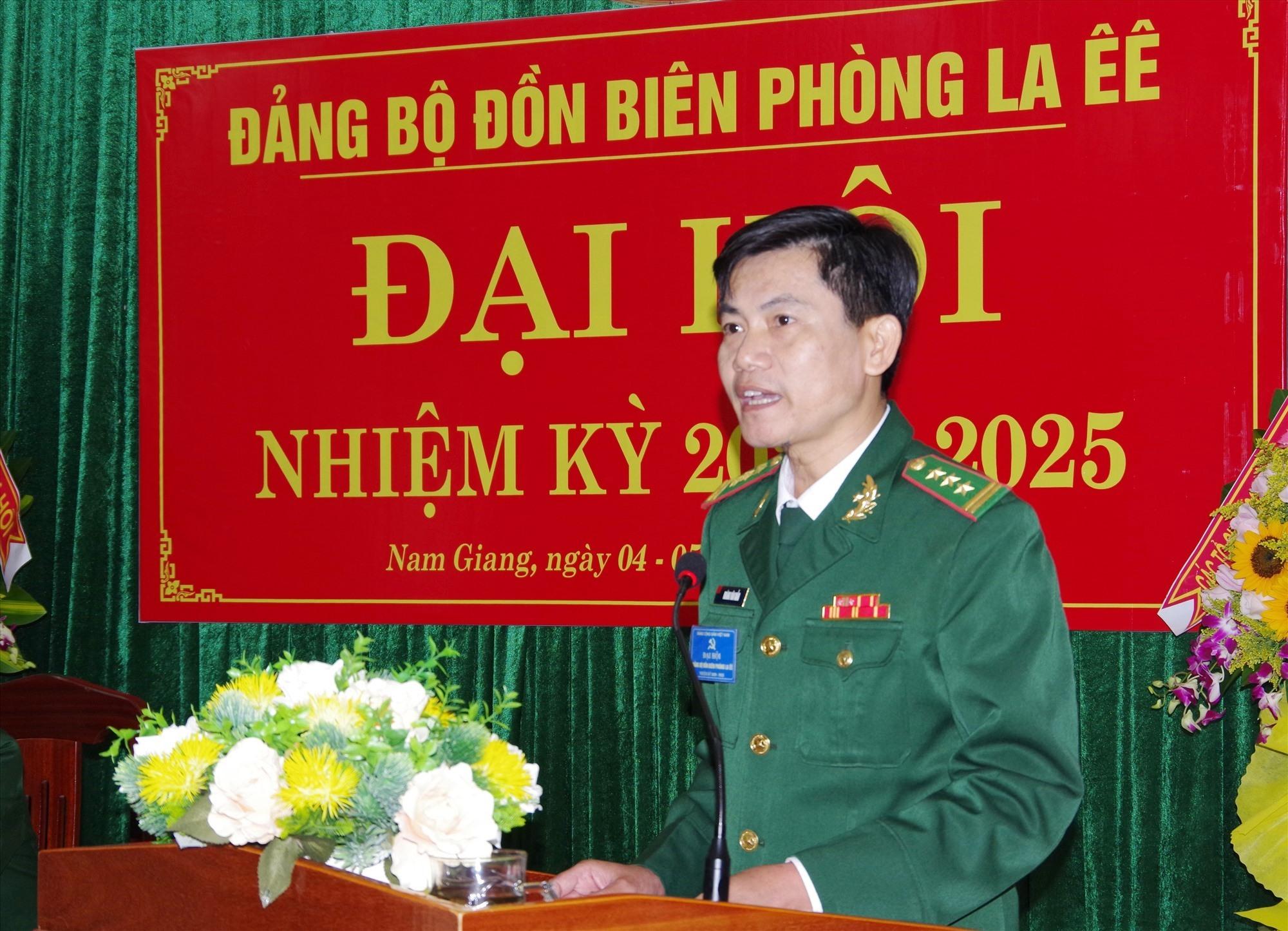 Thượng tá Hoàng Văn Mẫn – Bí thư Đảng ủy, Chính ủy BĐBP tỉnh phát biểu chỉ đạo Đại hội. Ảnh: VĂN VINH