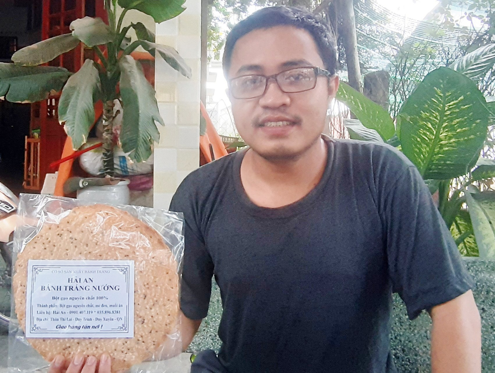 Bánh tráng nướng Hải An. Ảnh: H.N