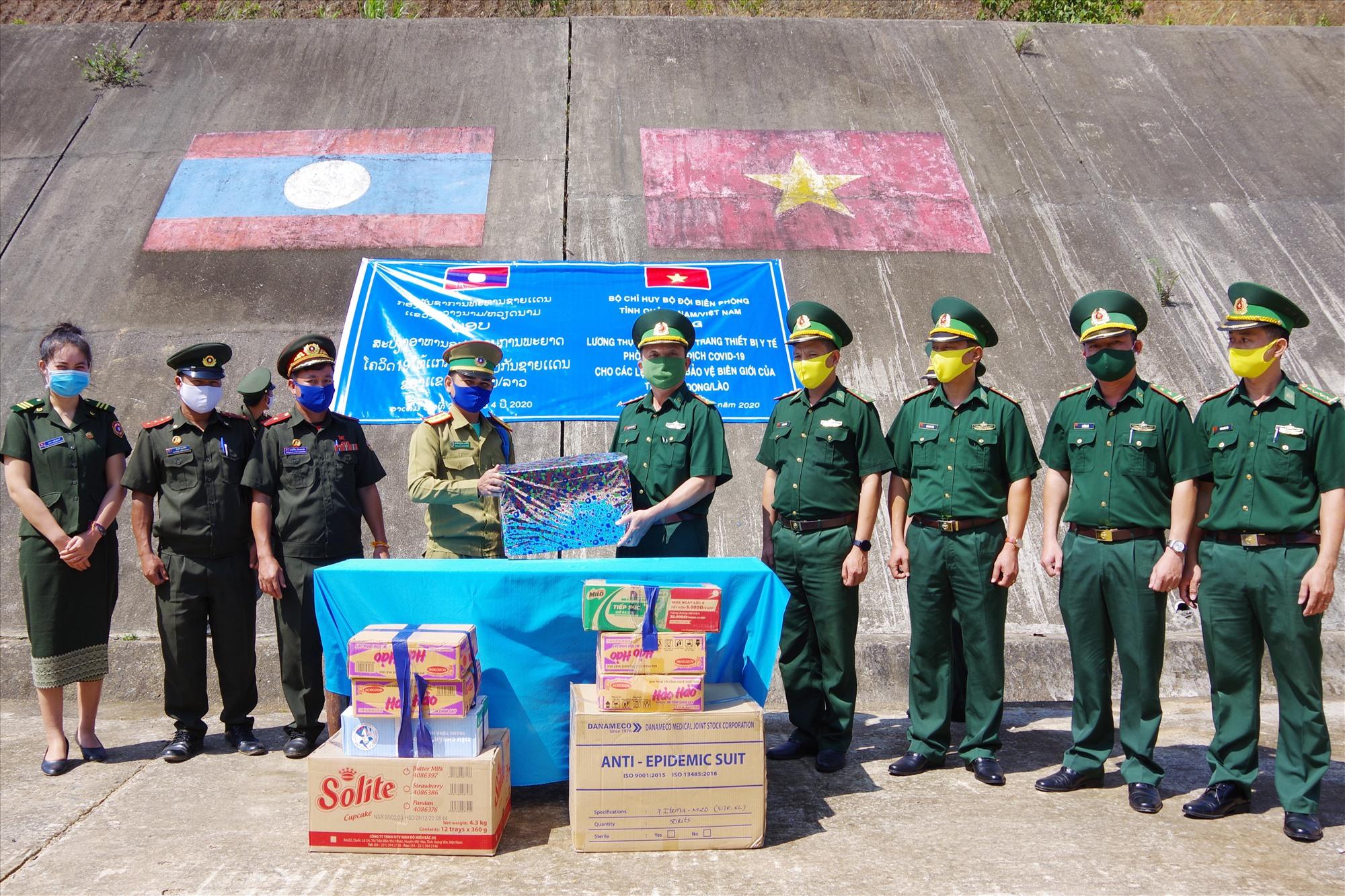 Hỗ trợ trang thiết bị y tế cho Đại đội bảo vệ biên giới 531