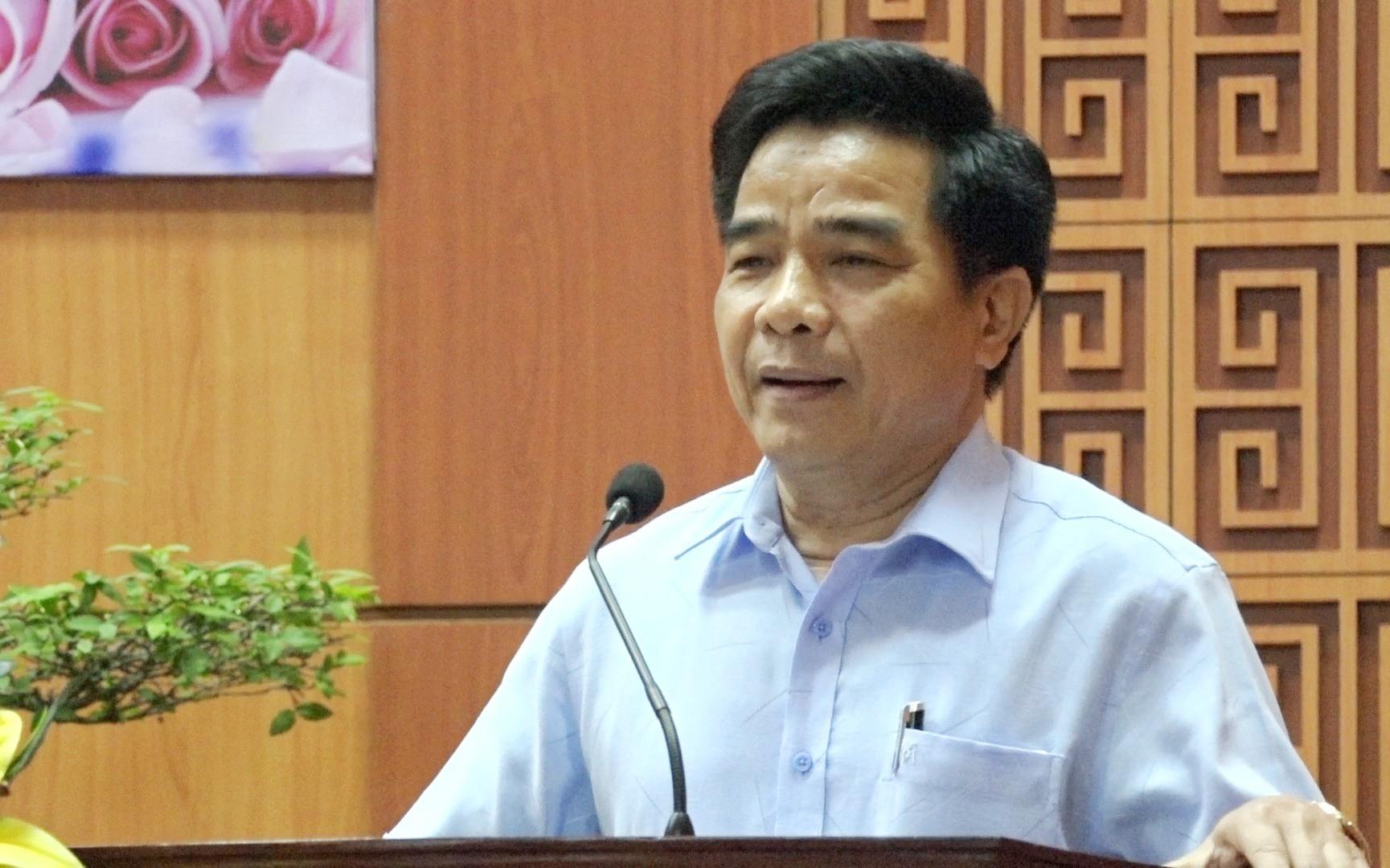 Phó Bí thư Thường trực Tỉnh ủy Lê Văn Dũng phát biểu tại hội nghị. Ảnh: M.L
