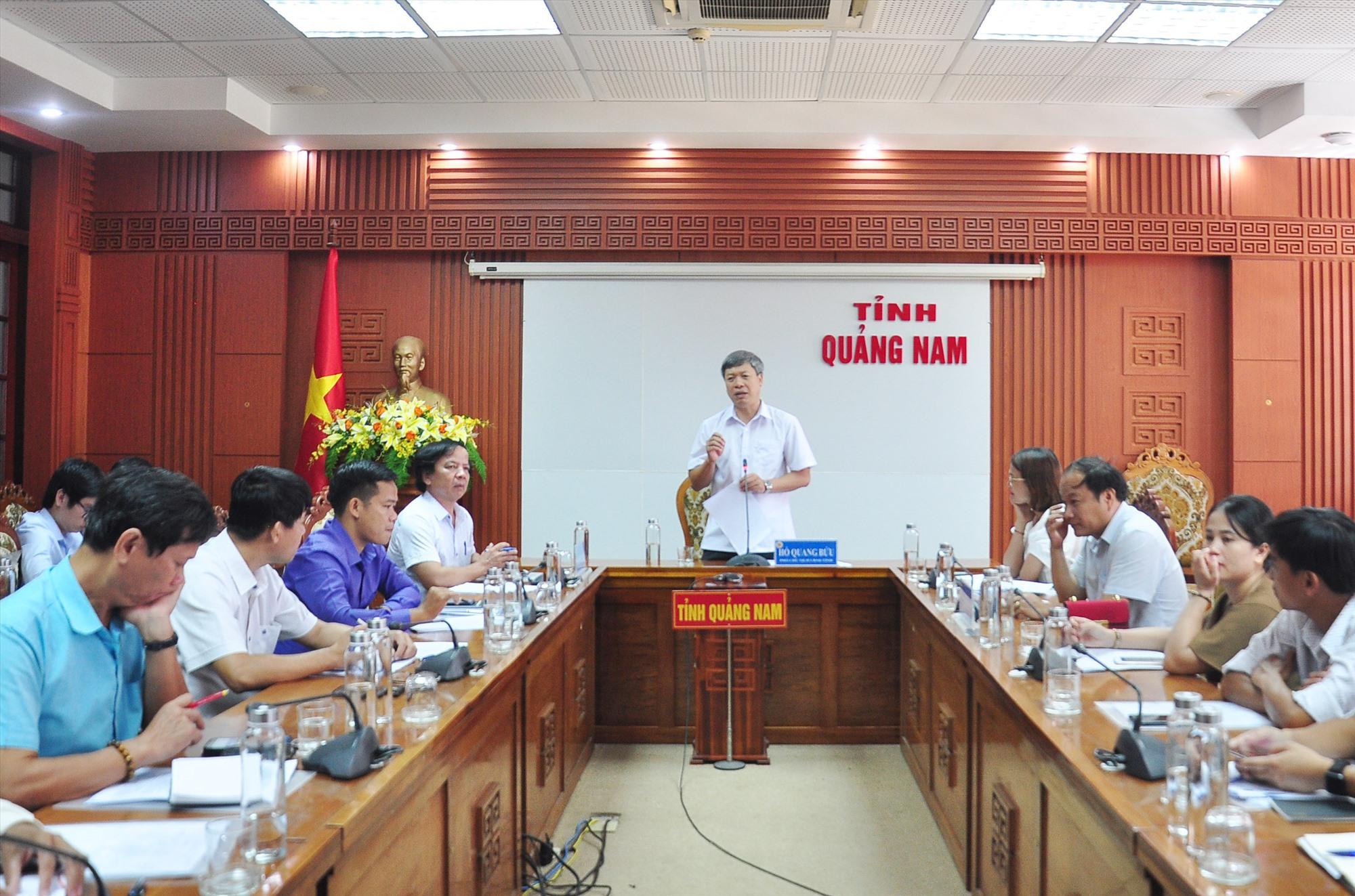 Phó Chủ tịch UBND tỉnh Hồ Quang Bửu phát biểu tại buổi làm việc. Ảnh: VINH ANH