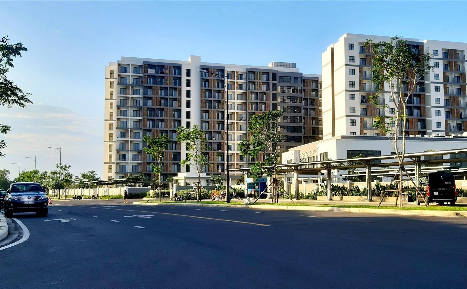 Dự án Khu nghỉ dưỡng Nam Hội An đầu tư vào địa bàn đã tạo động lực lớn cho Duy Hải phát triển mạnh theo hướng đô thị. Ảnh: T.S