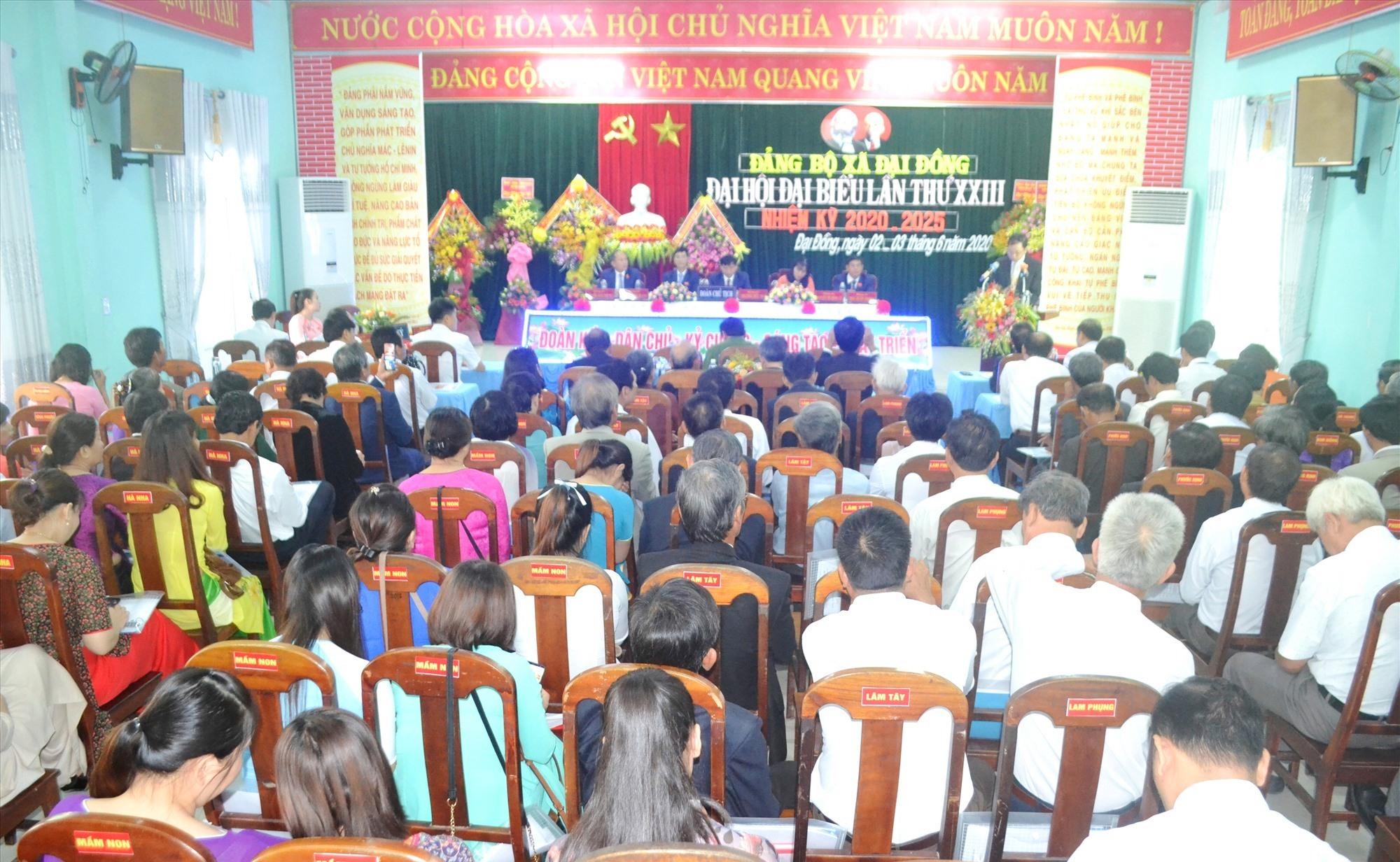 Đại hội diễn ra với sự tham dự của 149 đại biểu chính thức được triệu tập. Ảnh: CT