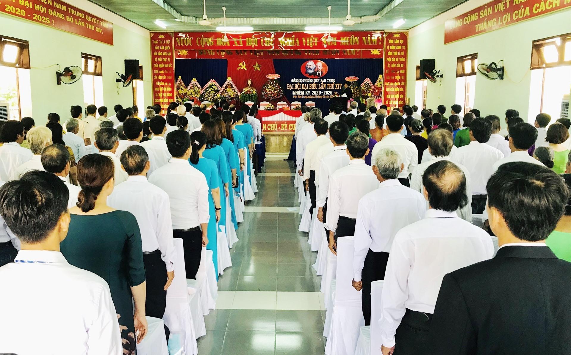 Quang cảnh đại hội Đảng bộ phường Điện Nam Trung. Ảnh: Q.T