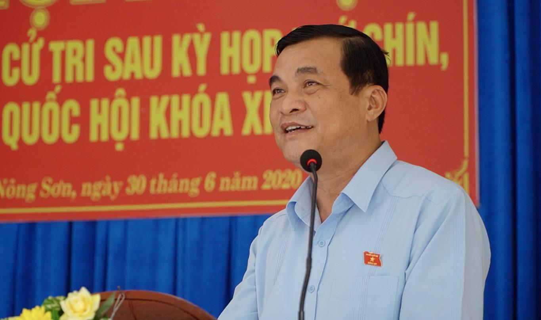 Ủy viên Trung ương Đảng, Bí thư Tỉnh ủy Phan Việt Cường - Trưởng Đoàn ĐBQH tỉnh phát biểu tại hội nghị. Ảnh: PHAN VINH