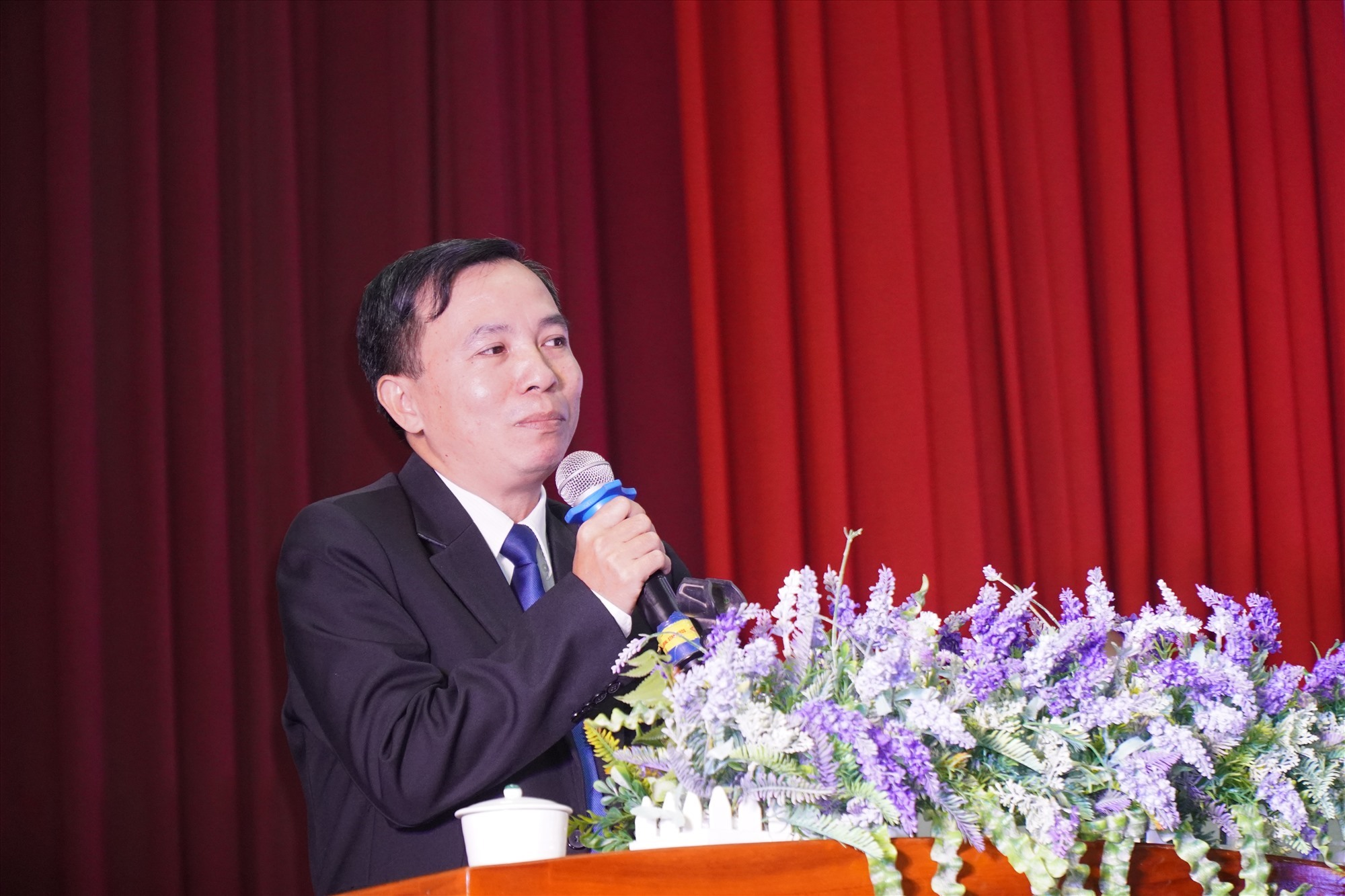 TS.Nguyễn Hữu Phú, Phó Hiệu trưởng DTU phát biểu khai mạc NHVL 2020. Ảnh NĐ