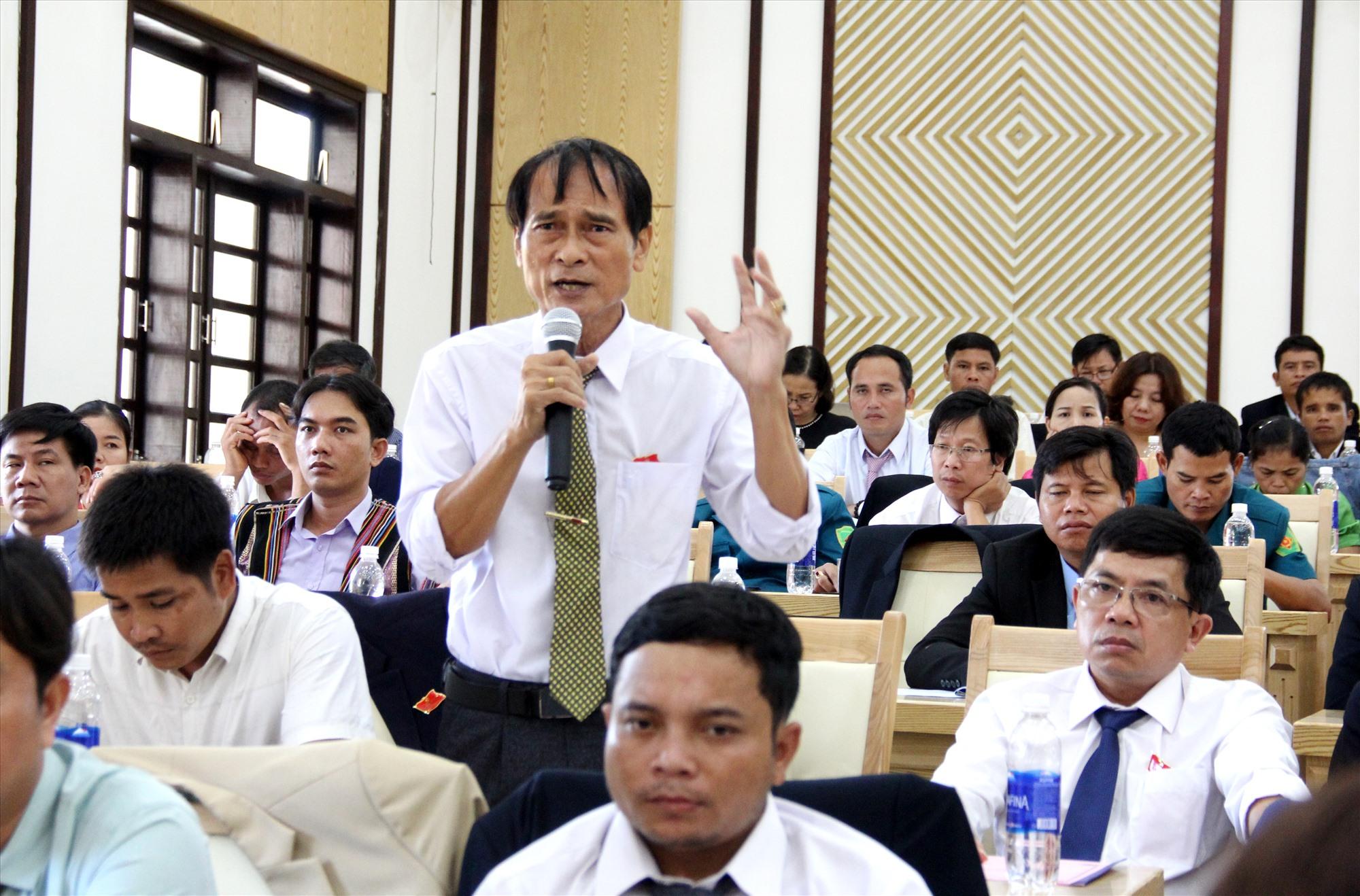 Sáng nay, mặc dù phiên thứ 3, nhưng đại hội vẫn nhận được nhiều ý kiến góp ý từ các đại biểu. Ảnh: A.N