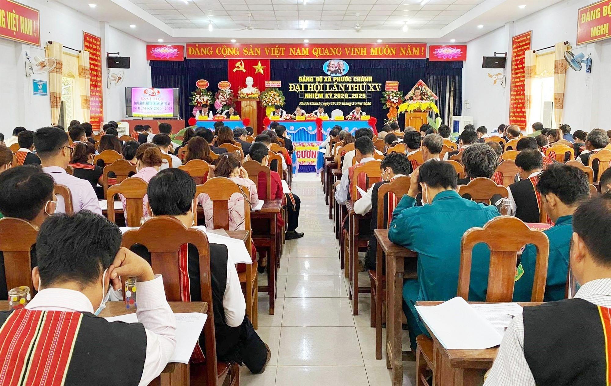 Đảng bộ xã Phước Chánh được Ban Thường vụ Huyện ủy Phước Sơn chọn tổ chức đại hội trước để rút kinh nghiệm chỉ đạo đại hội cấp cơ sở của huyện. Ảnh: TRÀ MY