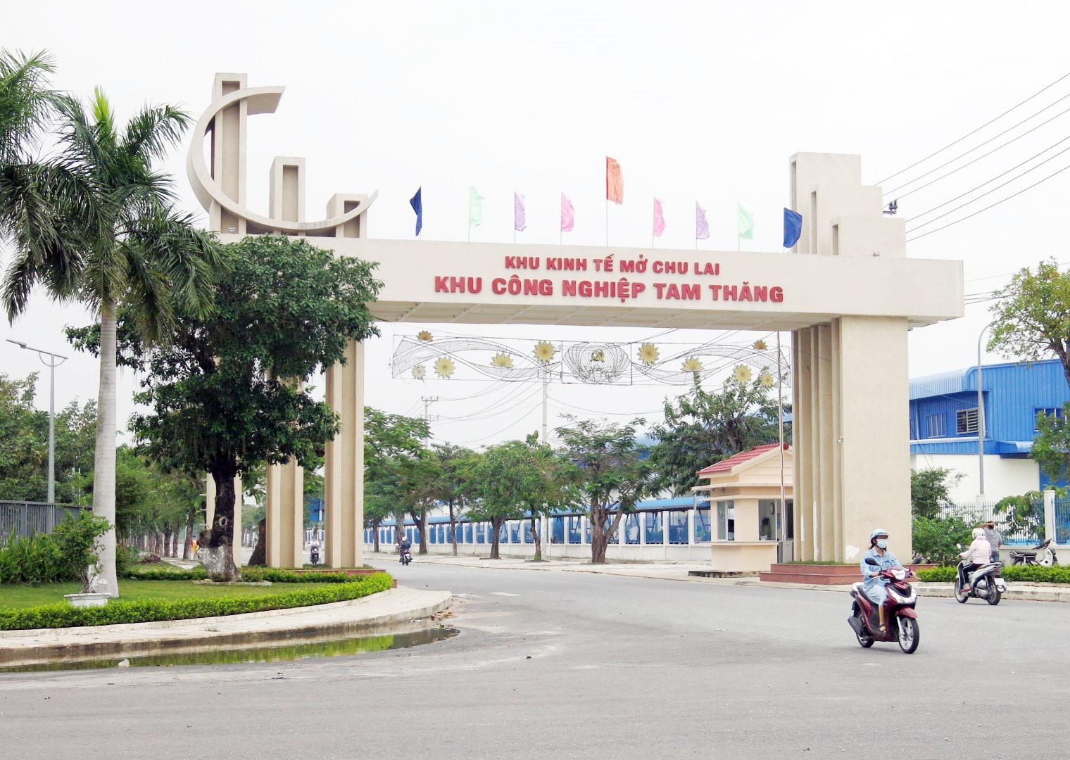 Khu công nghiệp Tam Thăng hướng đến sự phát triển bền vững. Ảnh: C.L
