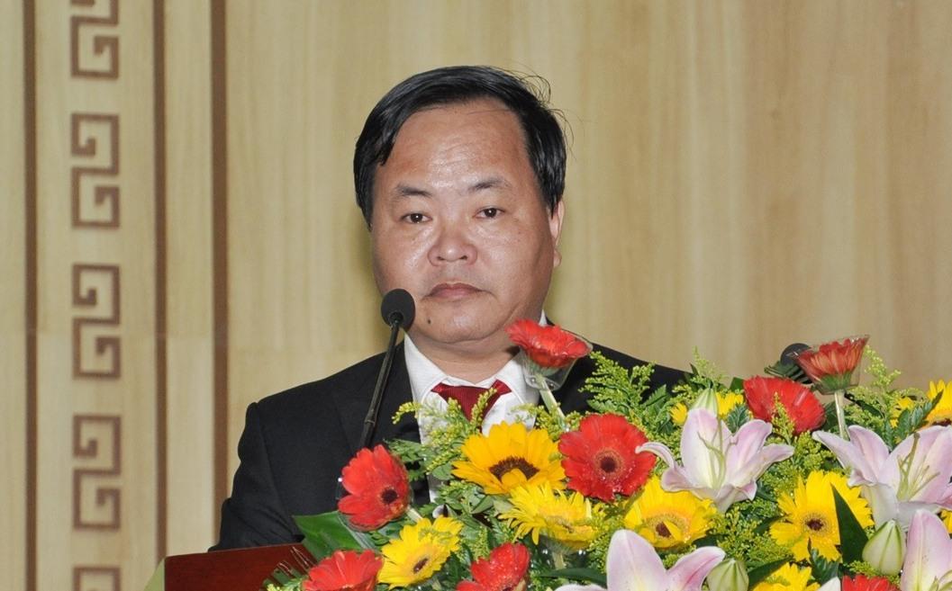 Bí thư Thành ủy Tam Kỳ Nguyễn Hồng Quang đọc diễn văn bế mạc đại hội. Ảnh: X.P