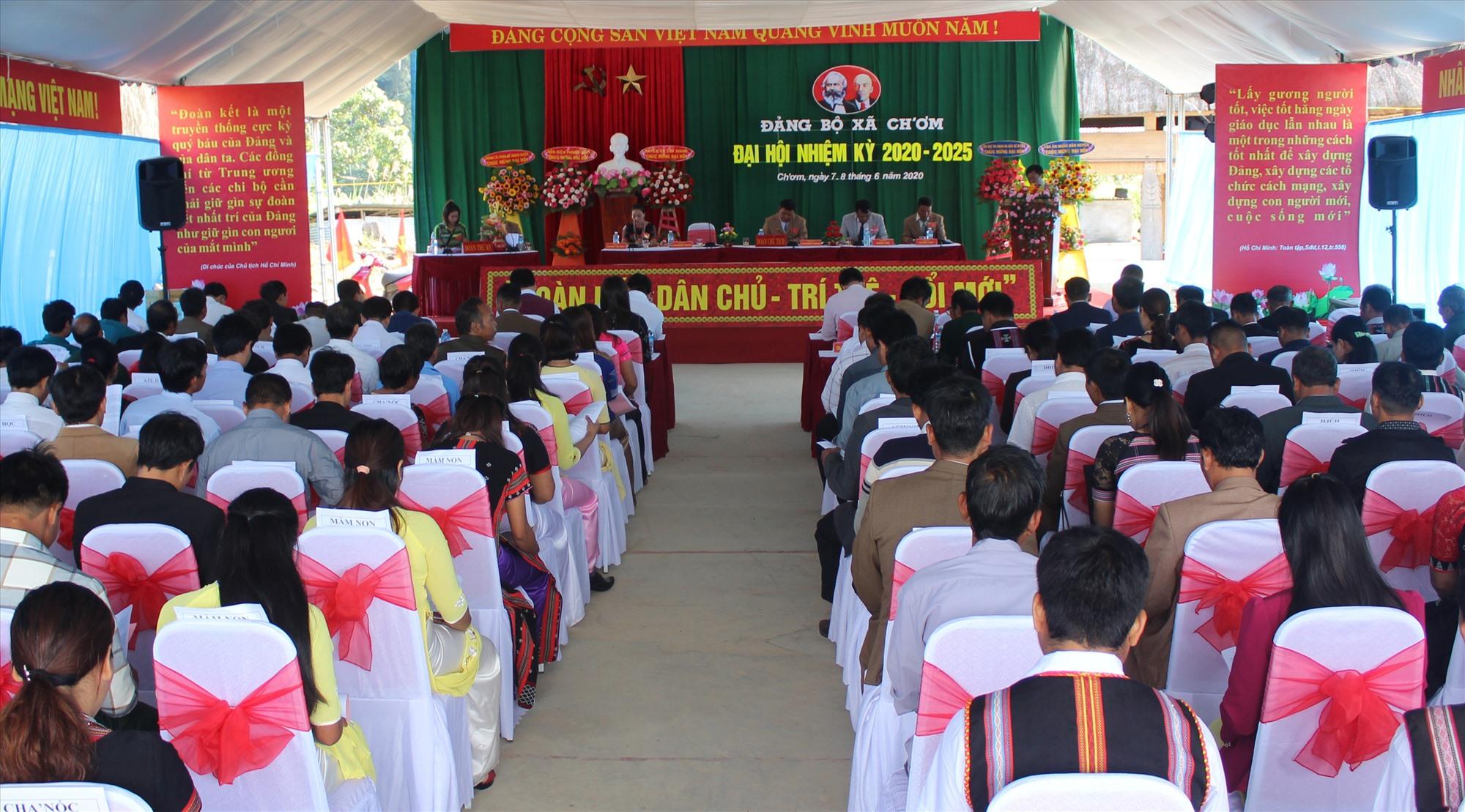 Quang cảnh Đại hội Đảng bộ xã Ch' Ơm nhiệm kỳ 2020 - 2025. Ảnh: ĐÌNH HIỆP