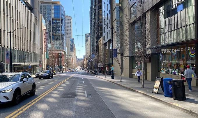 Đường phố ở Seattle trong những ngày bị dịch Covid-19.
