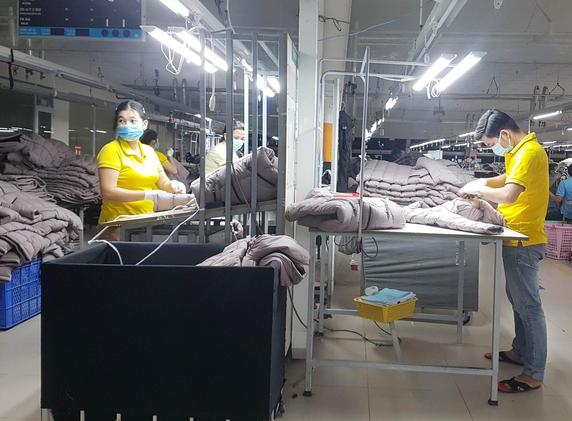 Mọi sự hỗ trợ đối với người lao động bị mất việc làm do dịch bệnh đều rất cần thiết. Ảnh: D.L