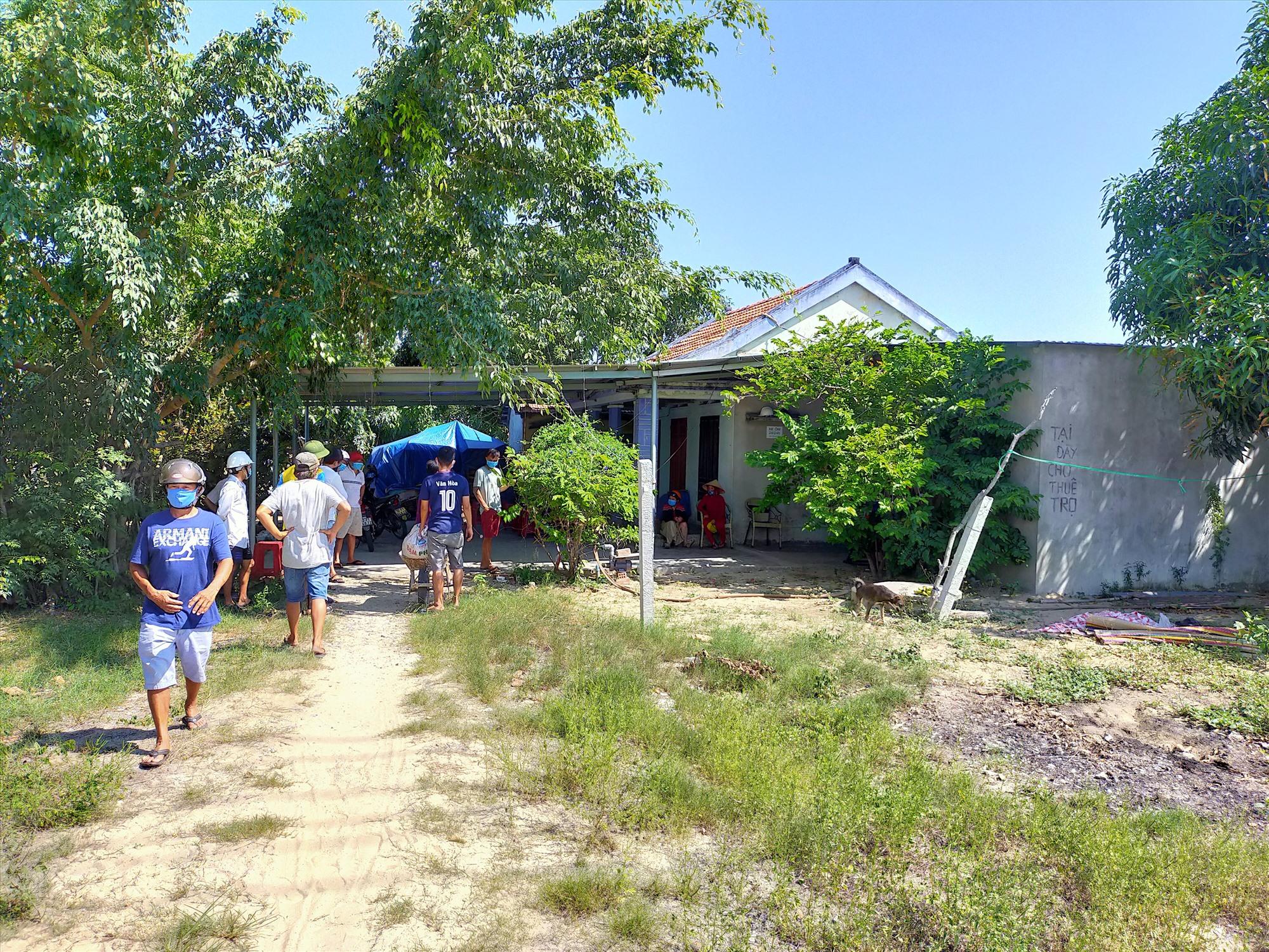 Căn nhà nơi xảy ra vụ án mạng làm 1 người chết.