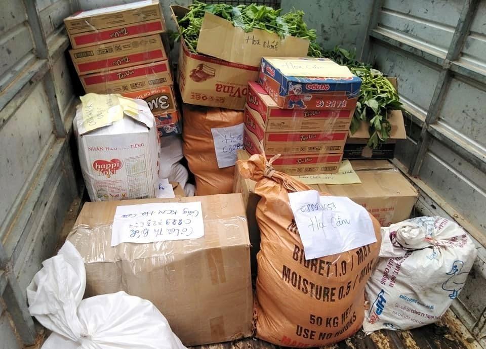 Hơn 2 tạ hàng đã được gửi đến các công nhân Cơ Tu bị ảnh hưởng bởi dịch Covid-19 tại Đà Nẵng (ảnh V.L)