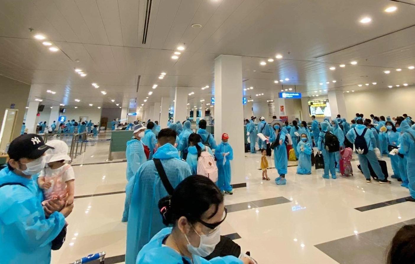Một chuyến bay nhân đạo chở công dân Việt Nam về nước được tổ chức gần đây. (Nguồn: BaoNga.com)